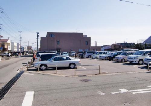 駐車場50台増設